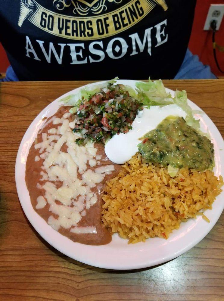 La Fuente Mexican Resturant: 784 W Main St, Lebanon, KY
