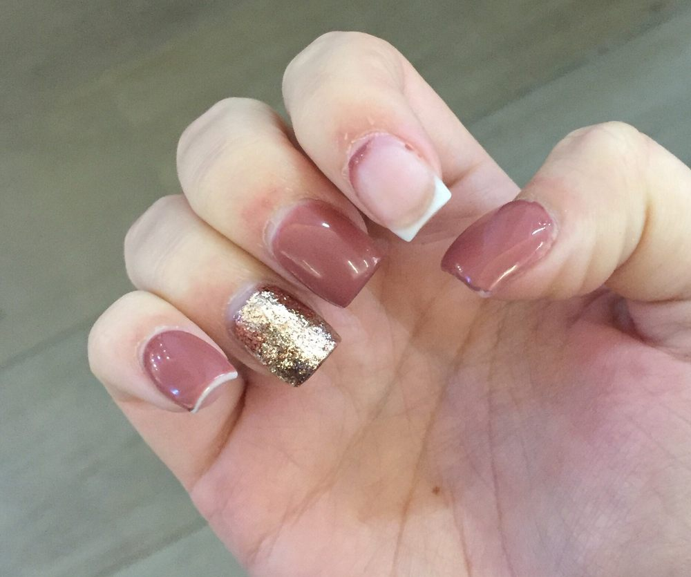 Gel Polish Completely Peeled Off After A Week Of Getting