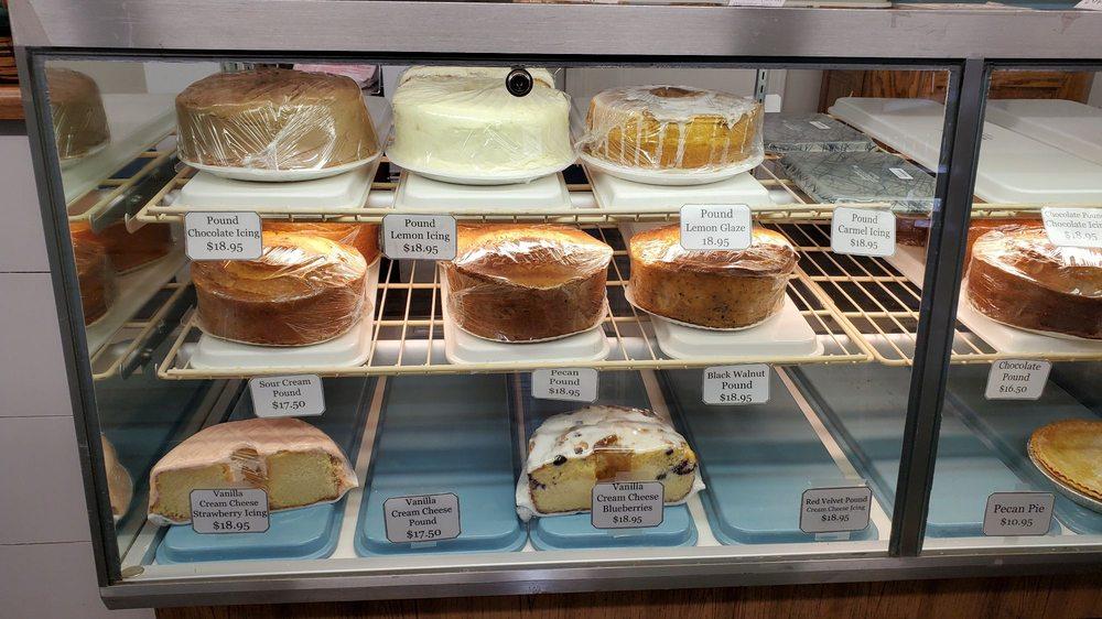 Swartzentruber's Bakery: 139 Hwy 28 Byp, Abbeville, SC