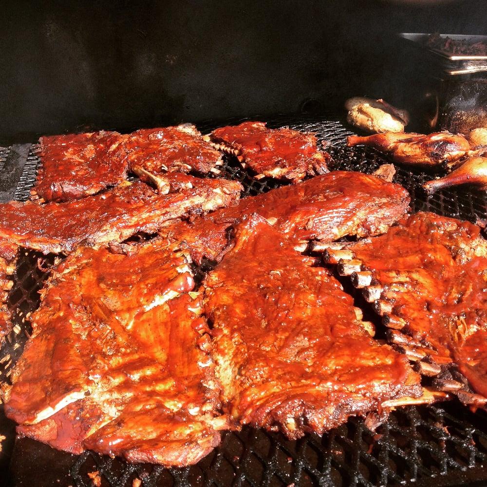 Jule's BBQ: 14740 James Monroe Hwy, Leesburg, VA