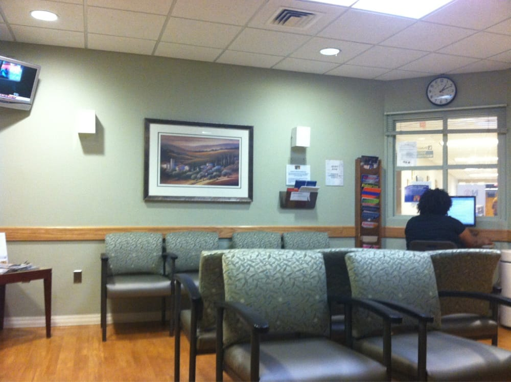 A Waiting Room With Tv And Computer Yelp