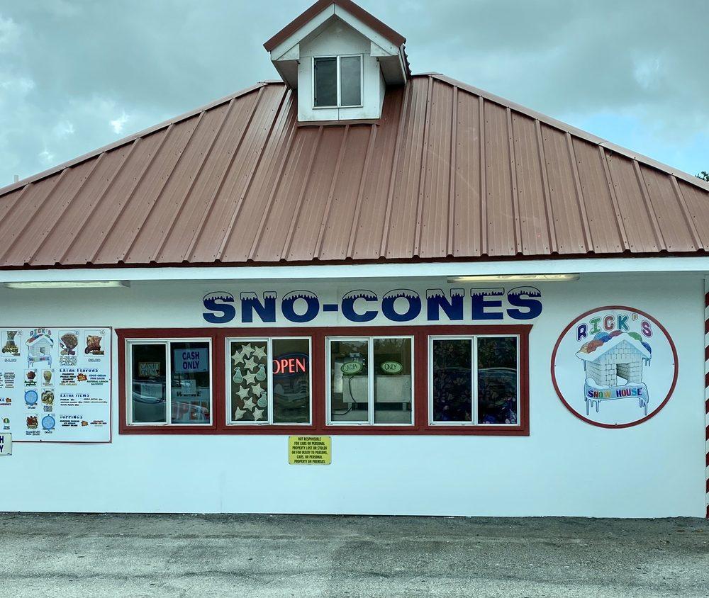 Silva's Sno-Cone: 513 E Front St, Alice, TX