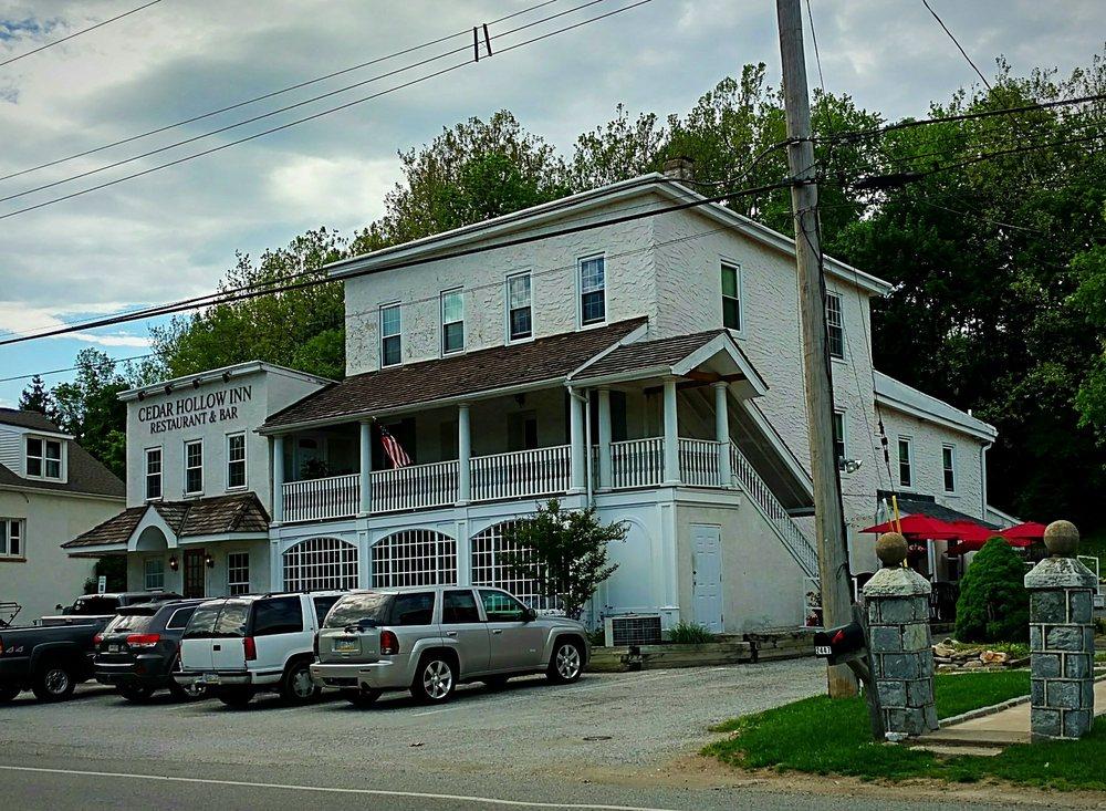 Cedar Hollow Inn Restaurant And Bar Malvern