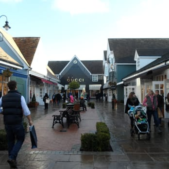 Bicester Village - 25 Photos   62 Reviews - Women s Clothing - 50 ... f72398572f119