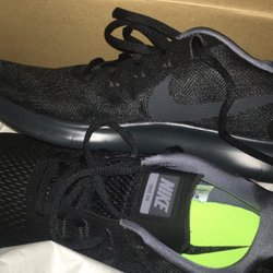 premium selection 6b8f5 cbaa1 Foot Locker - 38 Reviews - Shoe Stores - 219 S State St, The ...