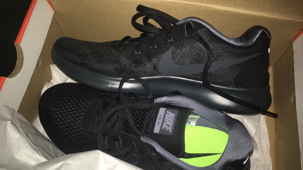 26fbc551cfb2c Foot Locker - 37 Reviews - Shoe Stores - 219 S State St