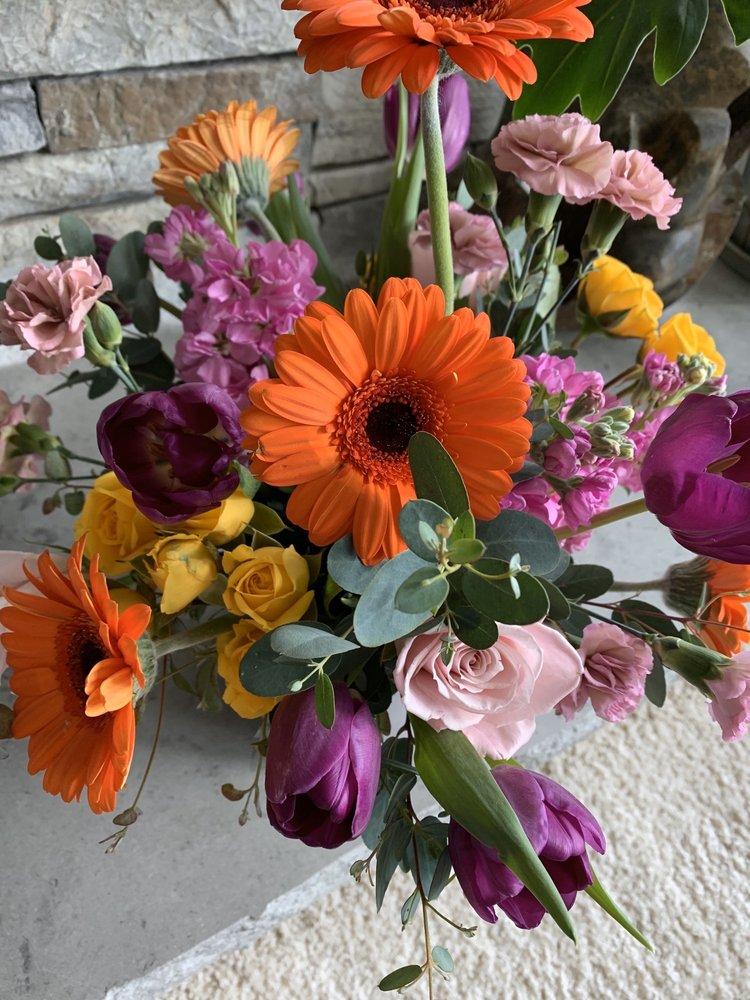 Five Penny Floral: 575 N Main St, Heber City, UT