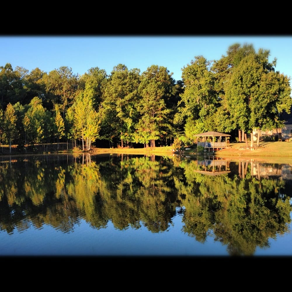 Billings Pond: Billings Lake Dr, Columbus, GA
