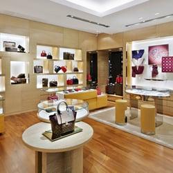 Photo Of Louis Vuitton Glendale Bloomingdaleu0027s   Glendale, CA, United States