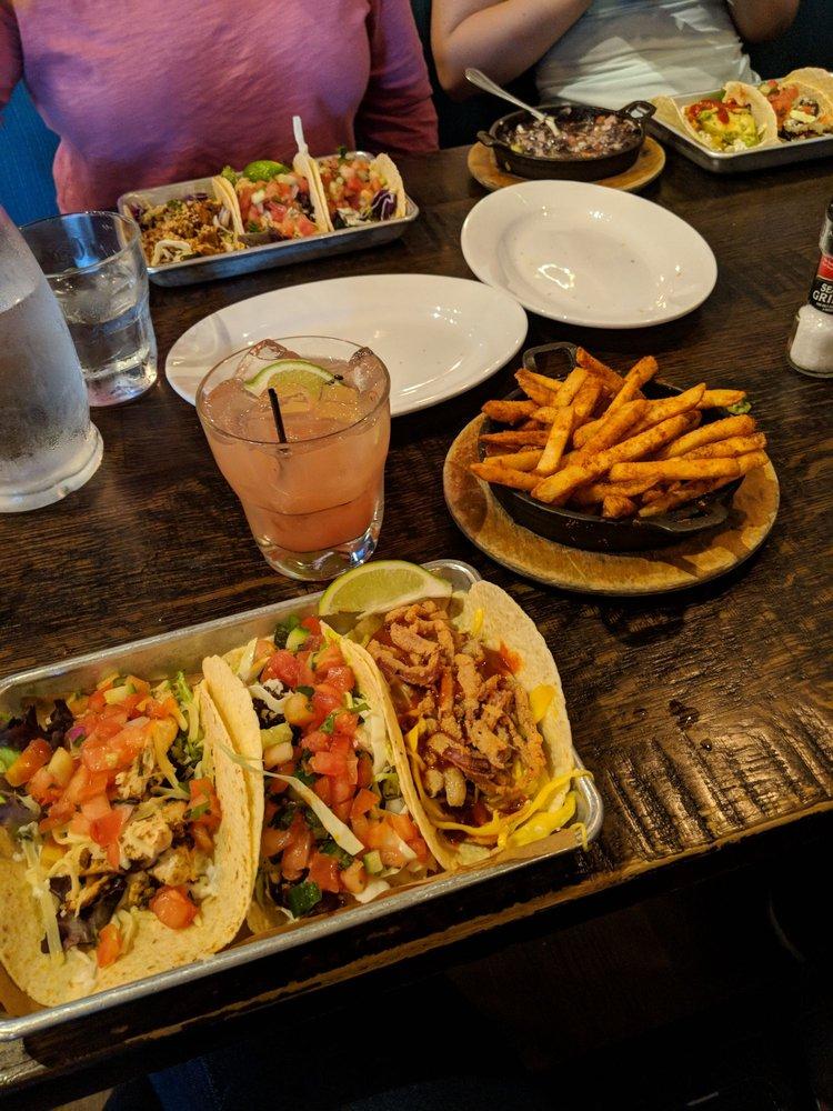 Bomba Taco + Bar