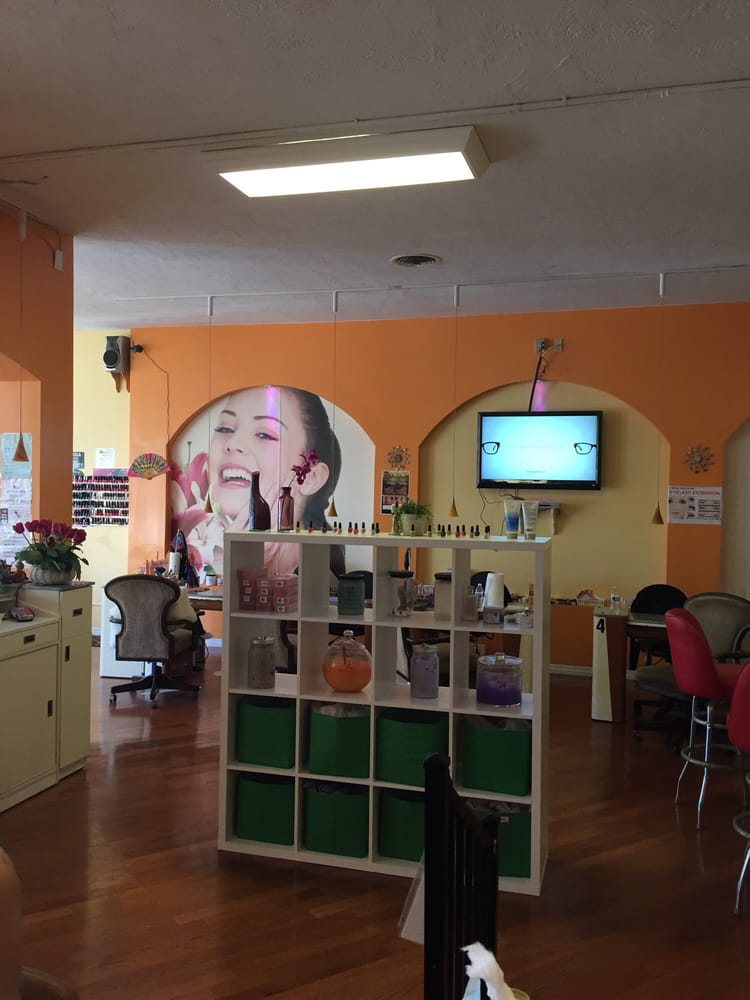Hot Stone Nails & Spa: 1260 S Highland Ave, Clearwater, FL