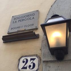 Soggiorno La Pergola - 10 Mga Larawan - Mga Hotel - Via della ...