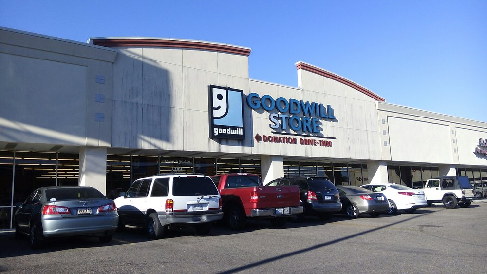 Goodwill: 1750 Martin Luther King Jr Blvd, Houma, LA
