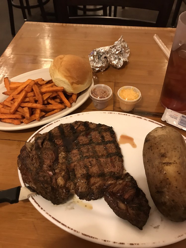 Texas Cattle Exchange Steakhouse: 9009 Interstate 20, Eastland, TX