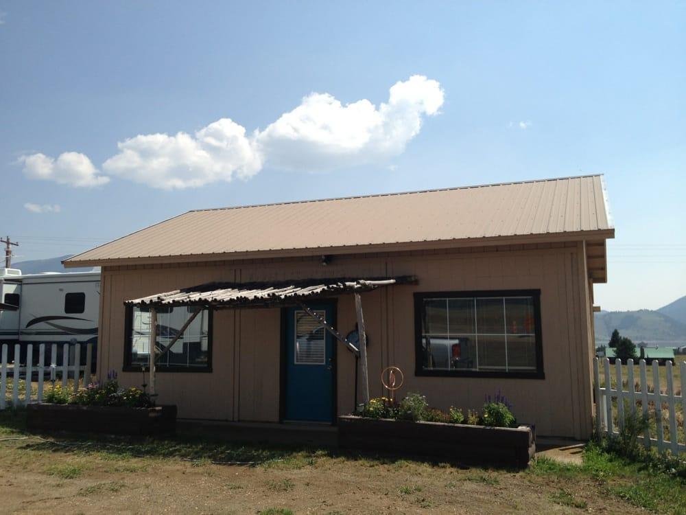 West Lake Rv Park: 28384 Highway 64, Eagle Nest, NM