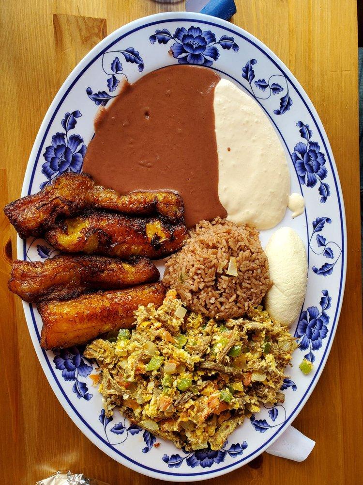 Restaurante Bahia De Jiquilisco: 4633 Clayton Rd, Concord, CA