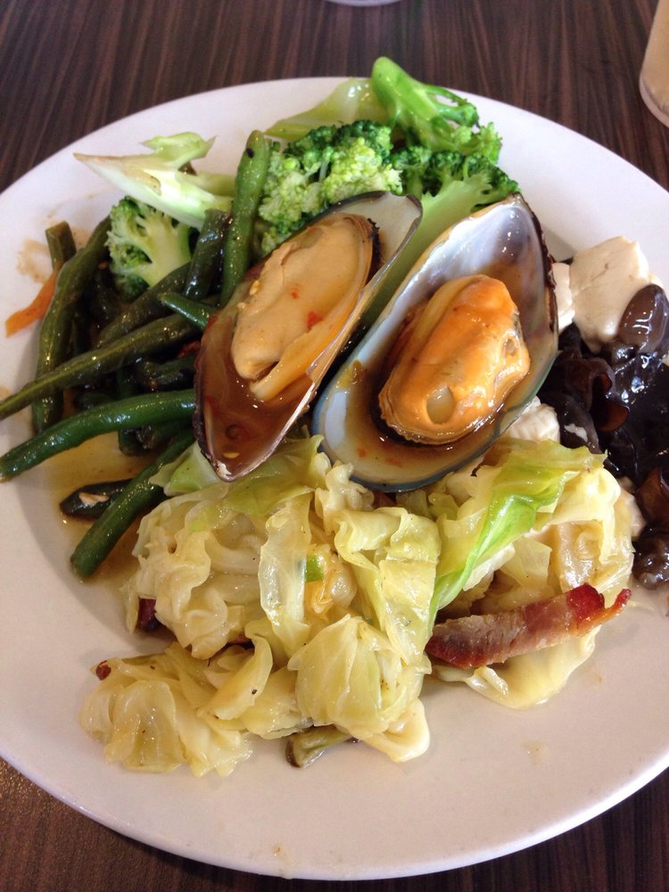 Mandarin Garden Buffet Restaurant 15 Reviews Chinese 45295 Luckakuck Way Chilliwack Bc