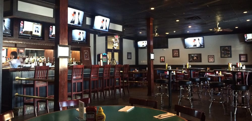 Driller's Sports Bar and Grill: 1015 N Hwy 81, Duncan, OK