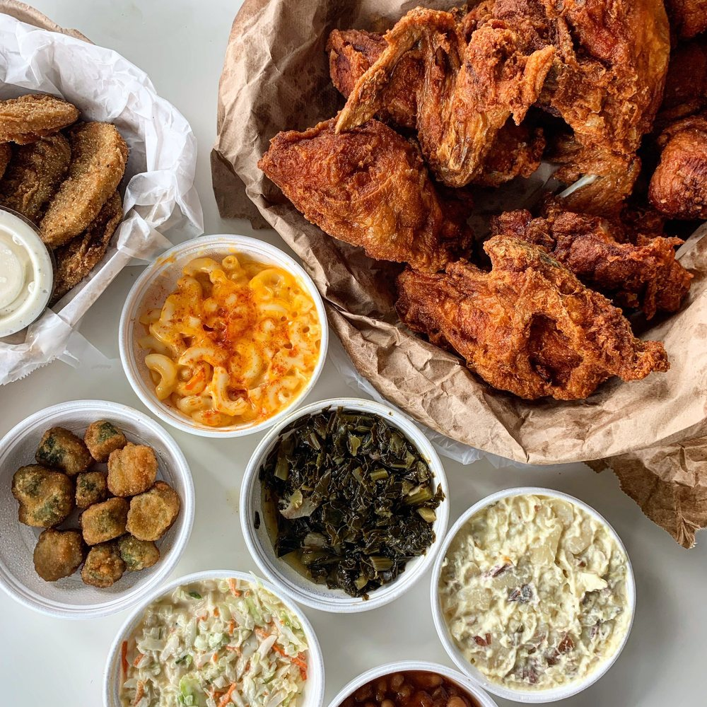 Food from Gus's World Famous Fried Chicken