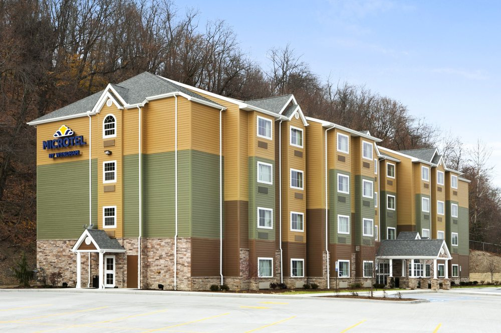 Microtel Inn & Suites by Wyndham Steubenville: 909 Buckeye Street, Steubenville, OH