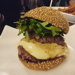 the burgerbar 33 fotos 21 beitr ge steakhouse. Black Bedroom Furniture Sets. Home Design Ideas