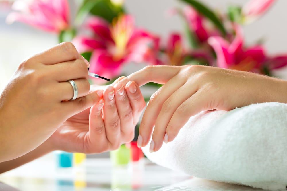 Bliss Salon & Organic Nail Spa: 5602 Pga Blvd, Palm Beach Gardens, FL