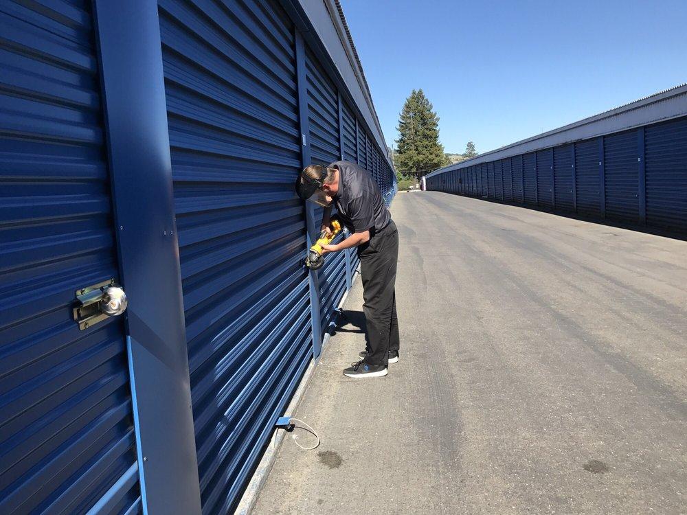 Extra Space Storage Self Storage 3937 Santa Rosa Ave