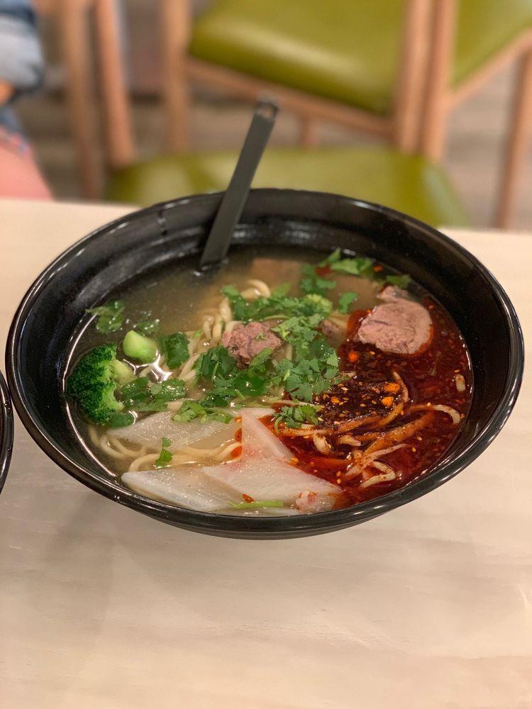 Noodles & Dumplings: 6303 N Mesa St, El Paso, TX