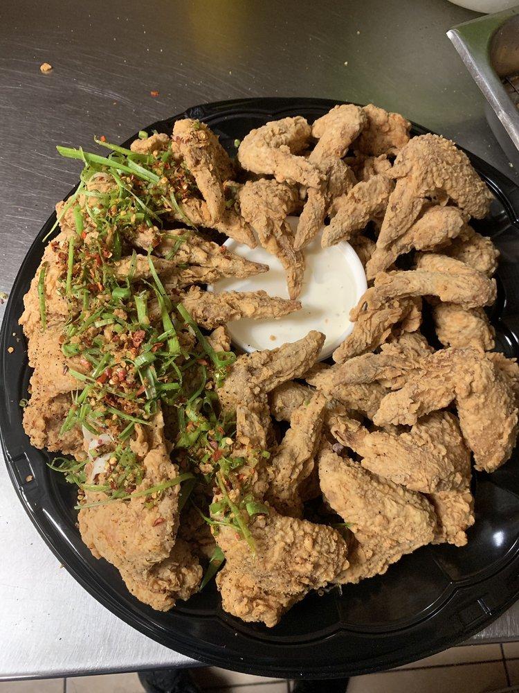 John's Seafood: 2905 Washington Blvd, Beaumont, TX