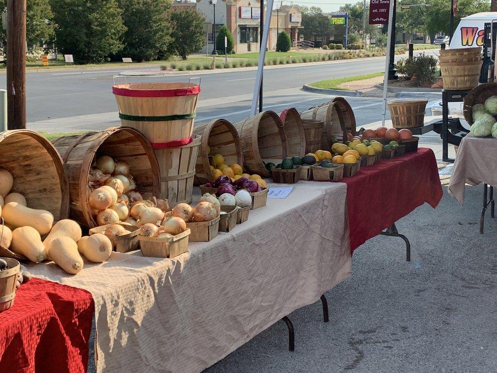 Burleson Farmers Market: 217 W Renfro St, Burleson, TX
