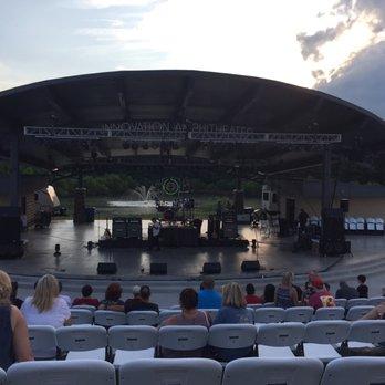 Innovation Amphitheater Stadiums Amp Arenas 985 Austin