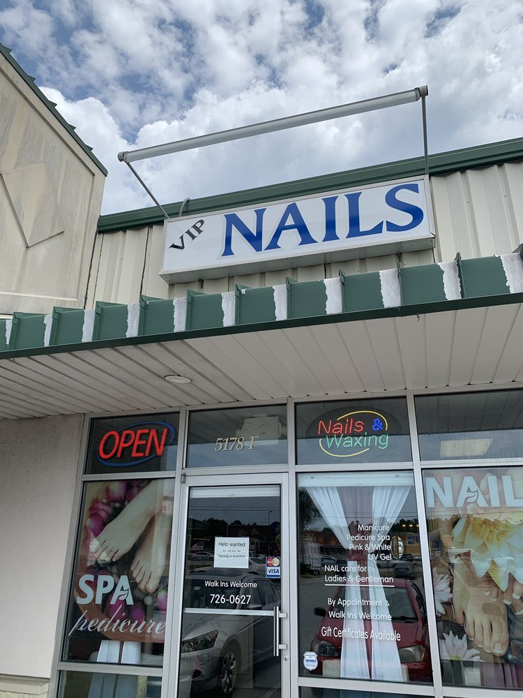 VIP Nails & Spa: 5178 Hwy 70 W, Morehead City, NC