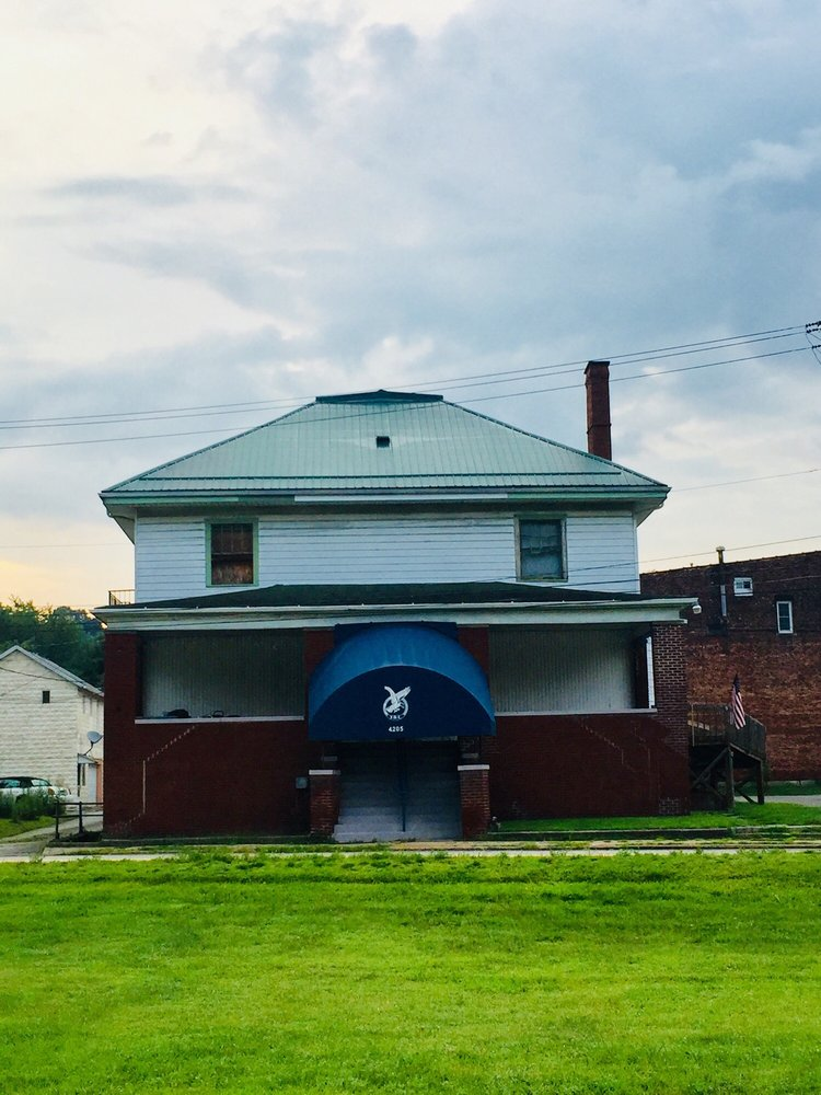 Fraternal Order of Eagles 4205: 415 N Warren Ave, Apollo, PA