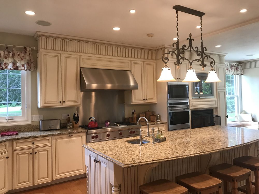 Darly's Cleaning Services: 17 Lincoln St, Milford, MA