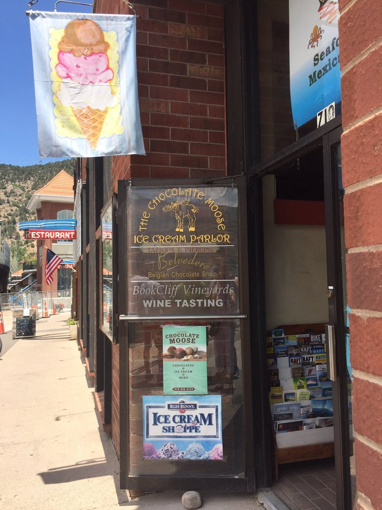 Chocolate Moose Ice Cream Parlor: 710 Grand Ave, Glenwood Springs, CO
