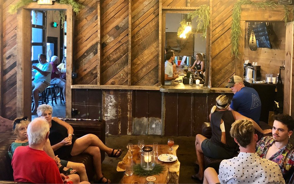 Freshwater Beer: 902-904 Pollock St, New Bern, NC