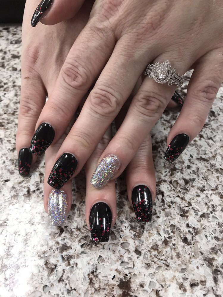 Tinas Amazing Workcoffin Nails With Black And Glitter Ombré Yelp