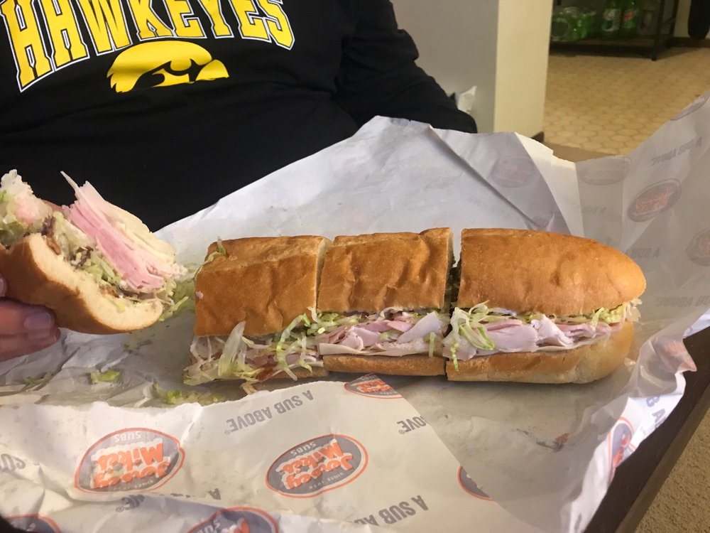 Jersey Mike's Subs: 6095 Carlson Way, Marion, IA