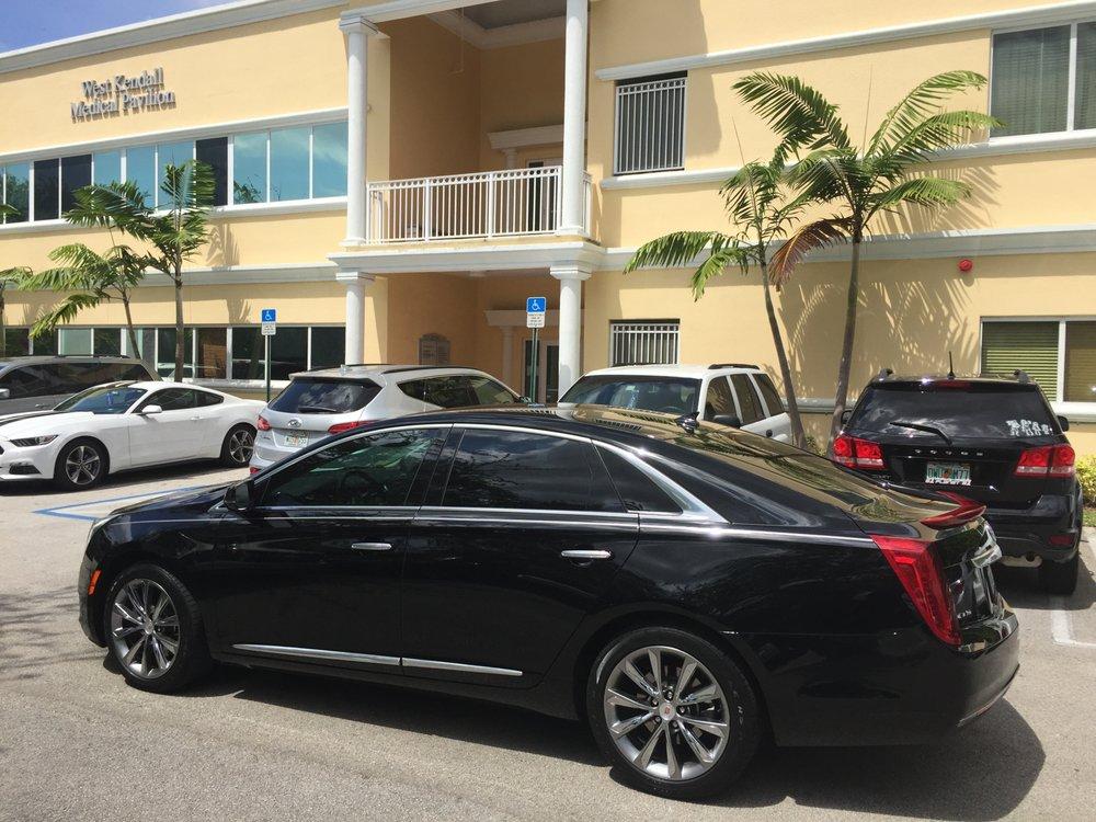 Presidential Luxury Limousine Miami