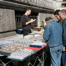 Mercatino di via armorari antiquari e restauratori via for Antiquari a milano