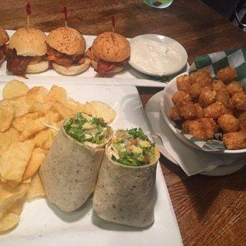 Wild onion bar restaurant 78 photos 189 reviews for Food bar 788