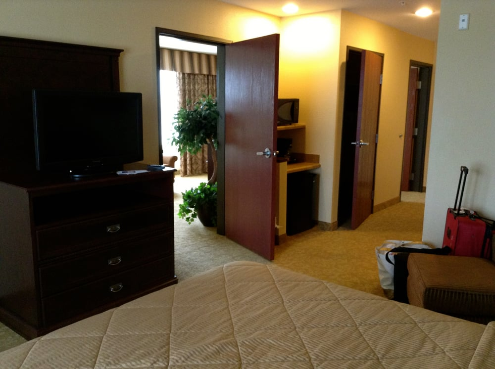 drive western plaza suites tx photos o comforter yelp phone reviews hotels number biz inn mcminnville comfort amarillo