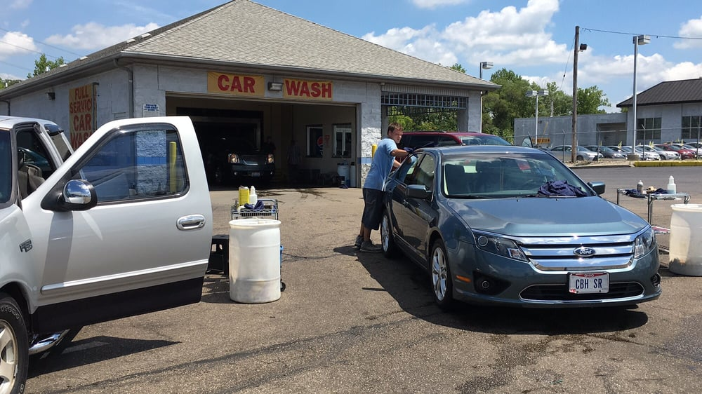 Shine-N-Ride Car Wash: 1430 E Galbraith Rd, Cincinnati, OH