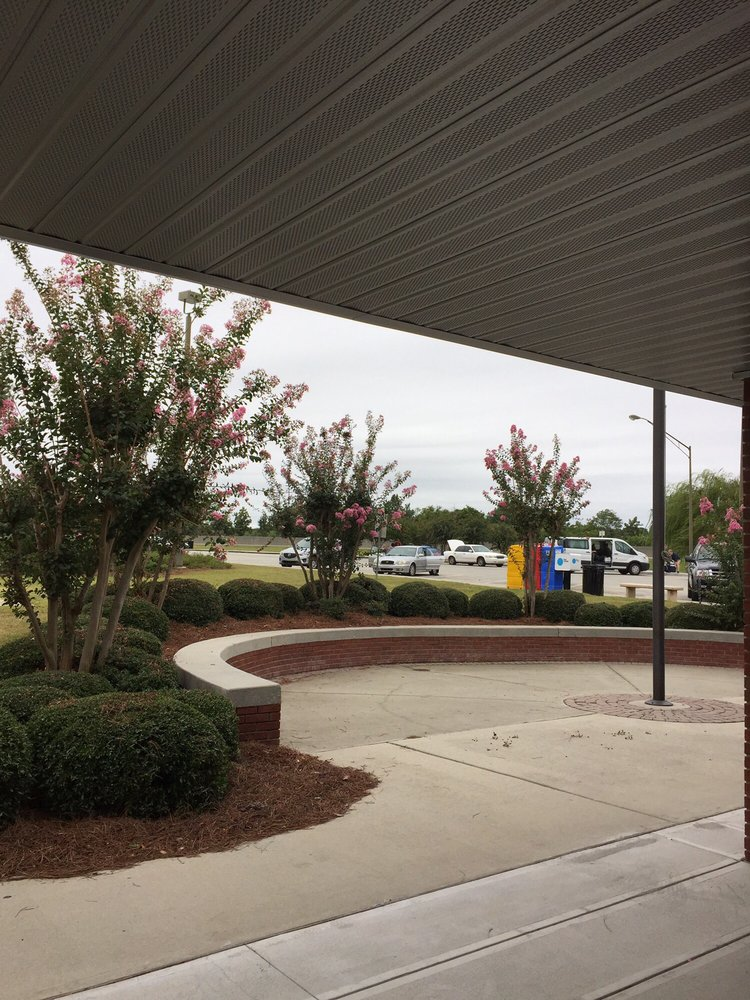 Rest Area No. 10: I-75, Ashburn, GA