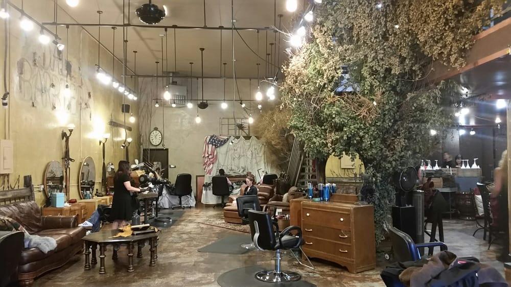 Soucie Soucie Salon & MedSpa: 77 3rd Ave Wn, Kalispell, MT
