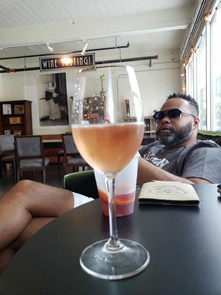 Pearl Wine Co