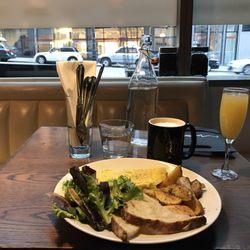 Photo of Fonte Café - Seattle, WA, United States. Seasonal omelette, mimosa