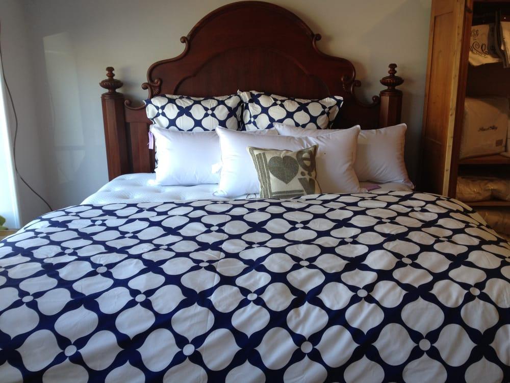 Hibernate Bedding: 80 Morristown Rd, Bernardsville, NJ