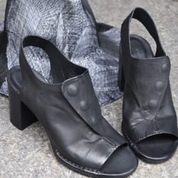 b2159f5b32 A Mano - 14 Photos   21 Reviews - Shoe Stores - 1115 1st Ave ...