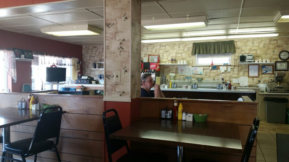 Barb's Cafe: 633 Central Ave, Florence, WI